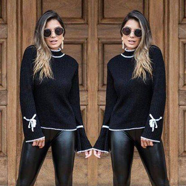 Blusa de trico de lacinho nas mangas preta