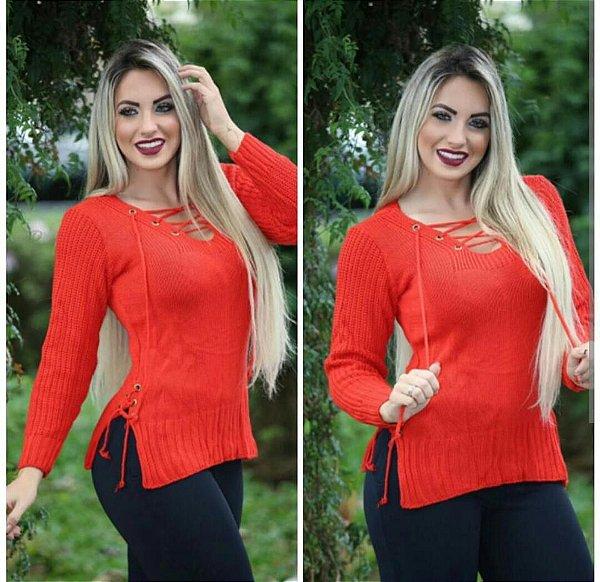 Blusa trico ilhos manga longa laranja