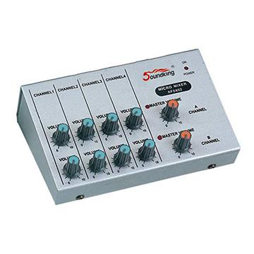 Mini Mixer Soundking AF 0402