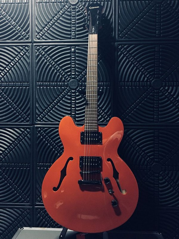 Guitarra Epiphone Dot Studio