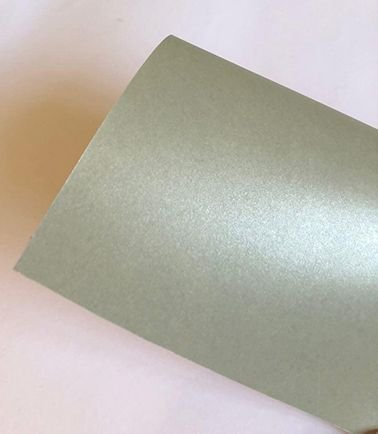 Papel perolado A4 colorido na massa liso Fendi