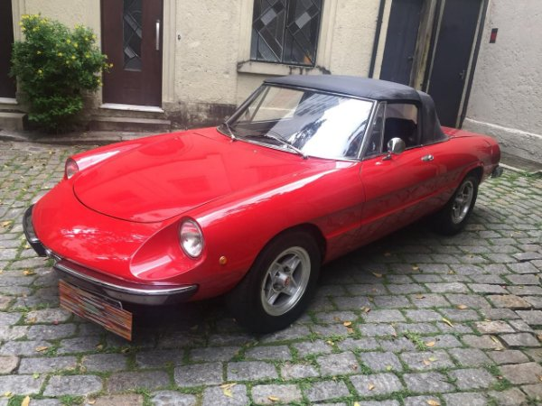 1974 Alfa Romeu Spider