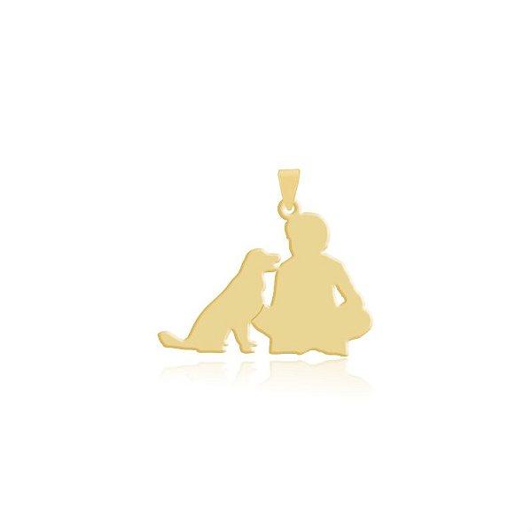 Pingente menino e Golden Retriever folheado em ouro 18k