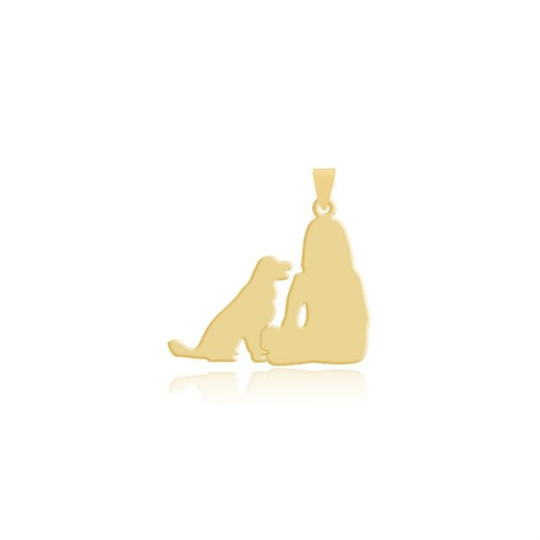 Pingente menina e Golden Retriever folheado em ouro 18k