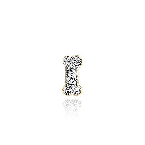 Pingente de osso cravejado folheado em ouro 18K