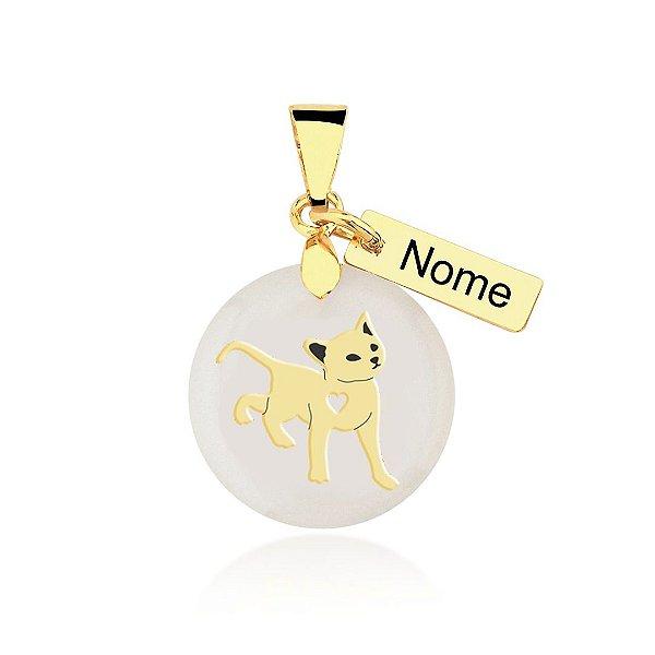 Pingente madrepérola gato com plaquinha de nome personalizado folheado em ouro 18k