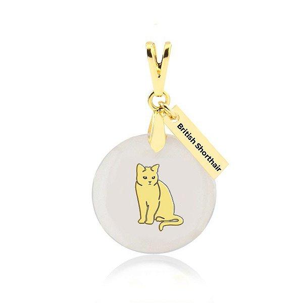 Pingente madrepérola de gato da raça British Shorthair folheado em ouro 18k