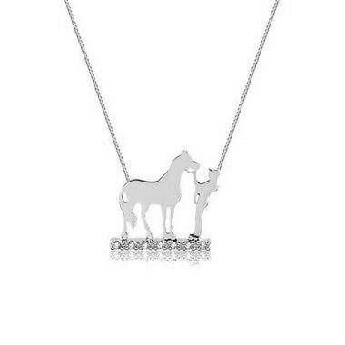 Colar menina e cavalo em prata 925