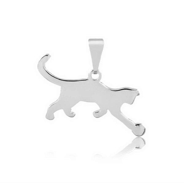 Pingente gato brincando com bola em prata 925