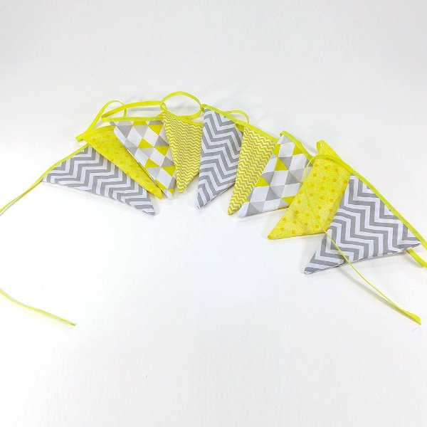 Bandeirinha De Pano Chevron Cinza E Amarelo
