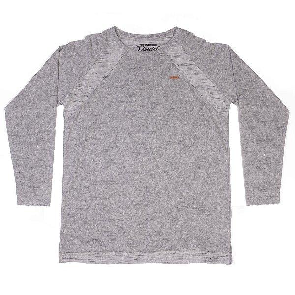 Camiseta Manga Longa Cinza Claro Em Tecido Especial