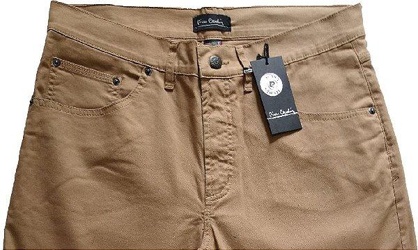 Calça de Sarja Masculina Pierre Cardin Reta (Cintura Média) - Ref. 447P058 (CAQUI) - 98 % Algodão / 2% Elastano