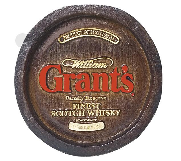 Barril Mini de parede em resina KG - Decoração – Grant's Whisky