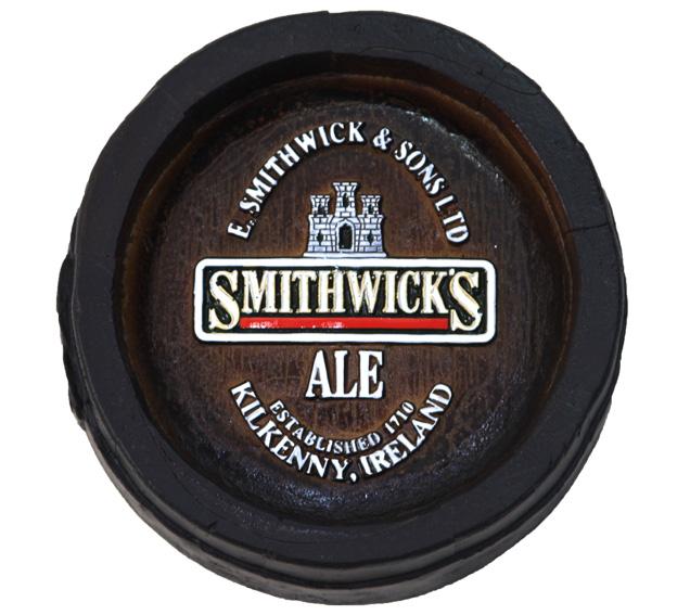 Barril Mini de parede em resina KG - Decoração – Smithwicks Cerveja
