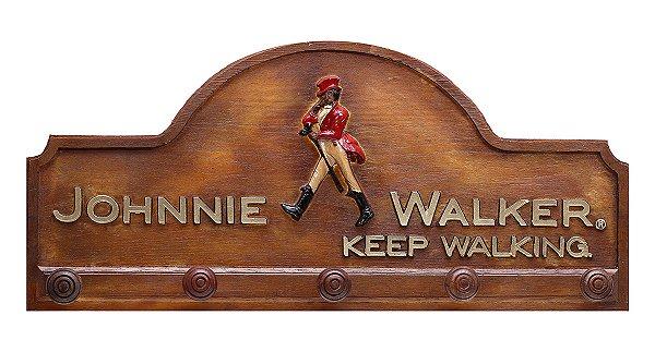 Placa KG Johnnie decorativa em fibra - Johnnie Walker Botão