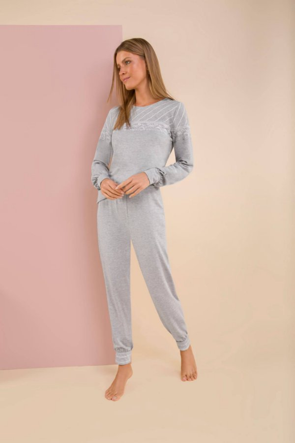 Pijama fato básico