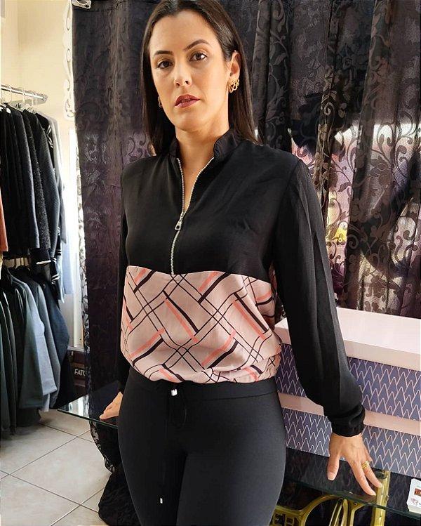 Blusa estampa geométrica