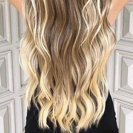 Cabelo loiro Martha Hair nº 10, mechado, raiz esfumada, com coloração (kit com 25g)