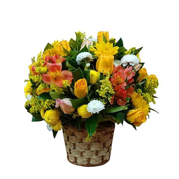 Arranjo Junino com Flores Selecionadas