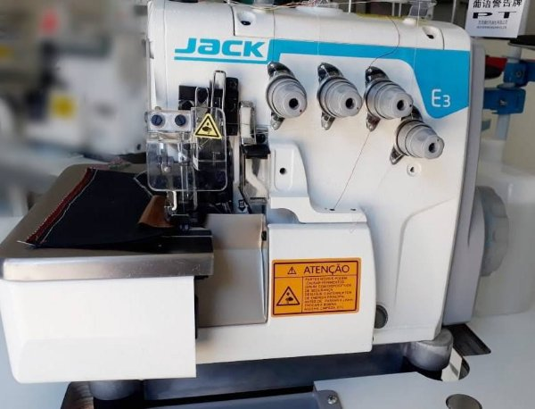 Máquina de Costura Overlock Industrial Jack E3-4-M2 Direct Drive 4 Fios