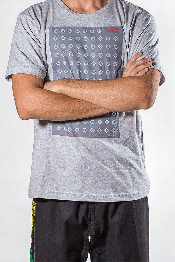 Camiseta Cinza Oss