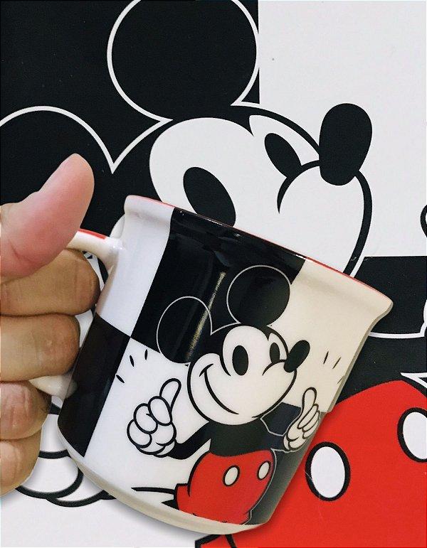 Caneca Mickey Xadrez Disney