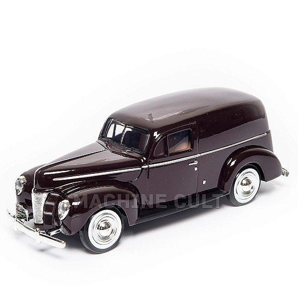 Miniatura 1940 Ford Sedan Delivery 1:24 Motor Max