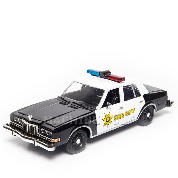Miniatura 1986 Dodge Diplomat Polícia 1:24 Motor Max