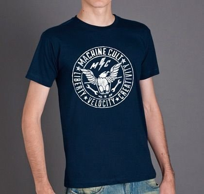 Camiseta Cult