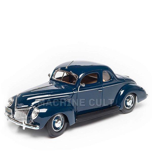 Miniatura 1939 Ford Deluxe - Azul Escuro - Maisto 1:18