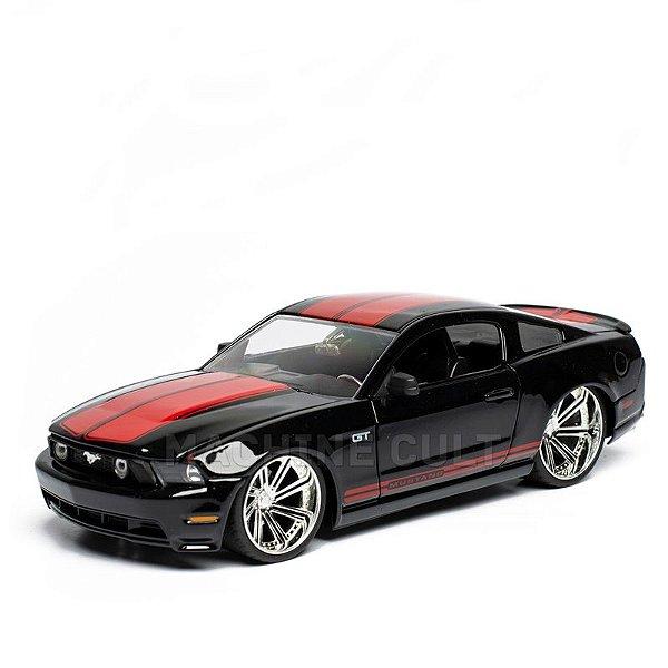 Miniatura Ford Mustang GT 2010 - Jada 1:24