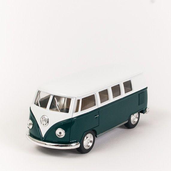 Miniatura Perua Kombi VW 1962 - Saia e Blusa