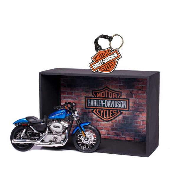 Miniatura Harley-Davidson 2012 XL 1200N Nightster Maisto 1:18