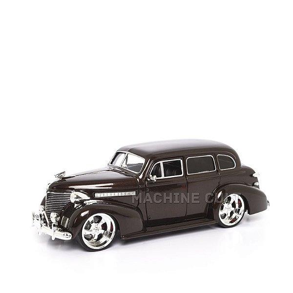 Miniatura Chevy Master Deluxe 1939 - Marrom - Jada 1:24