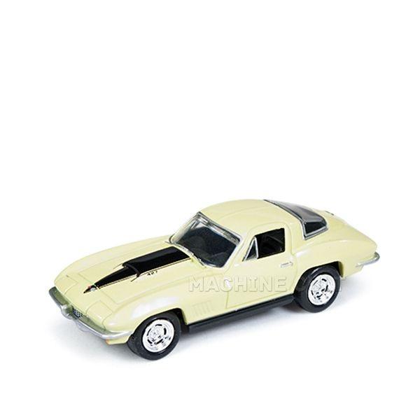 1967 Chevy Corvette 427 Amarelo - Auto World 1:64