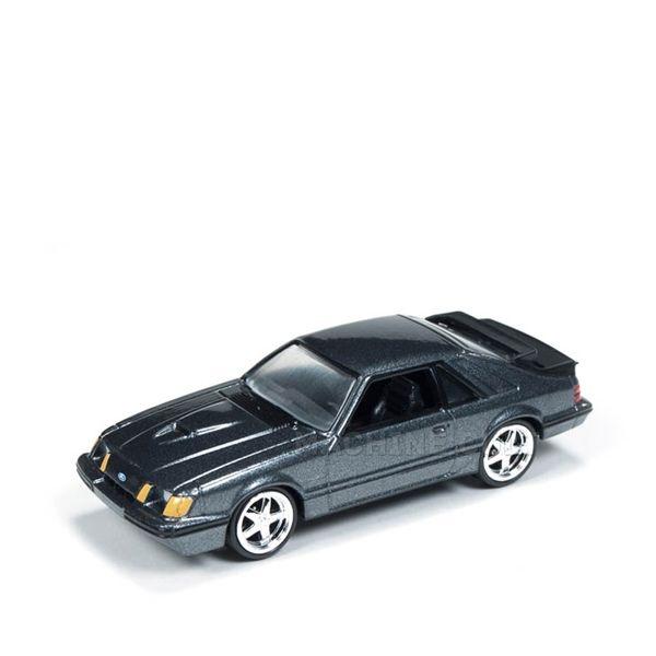 1984 Ford Mustang SVO Preto - Auto World 1:64