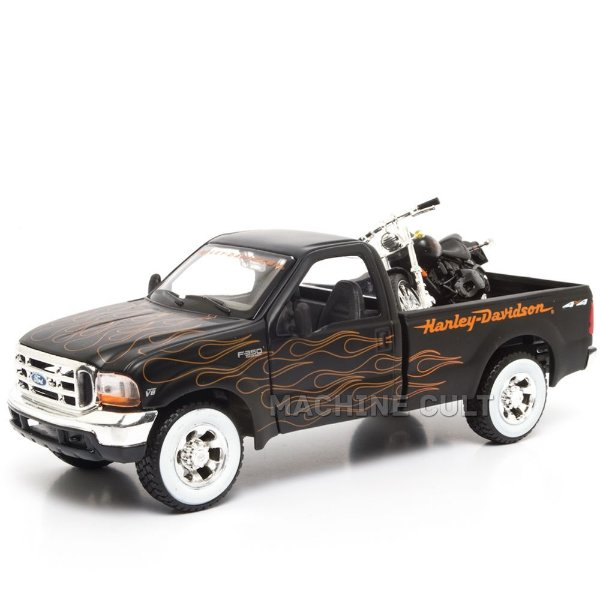 Miniatura 1999 Ford F-350 SuperDuty Pickup + 2002 FXSTB Night Train Maisto 1:24