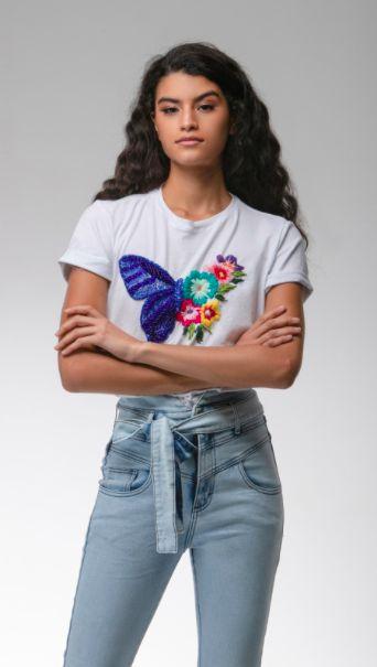T-Shirt Bordada Borboleta - LOTTUS