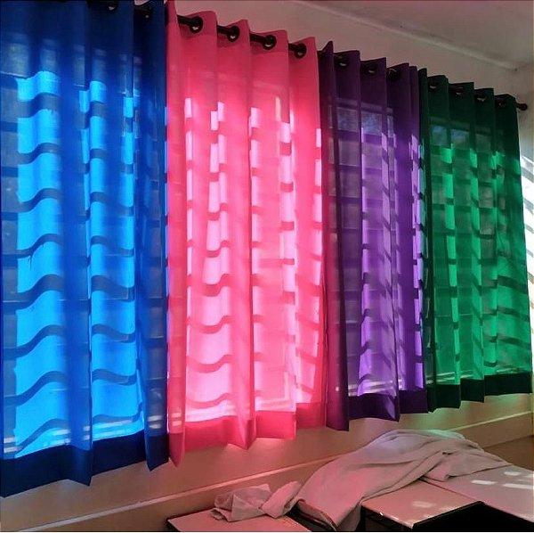 Cortinas Coloridas Sala de Aula