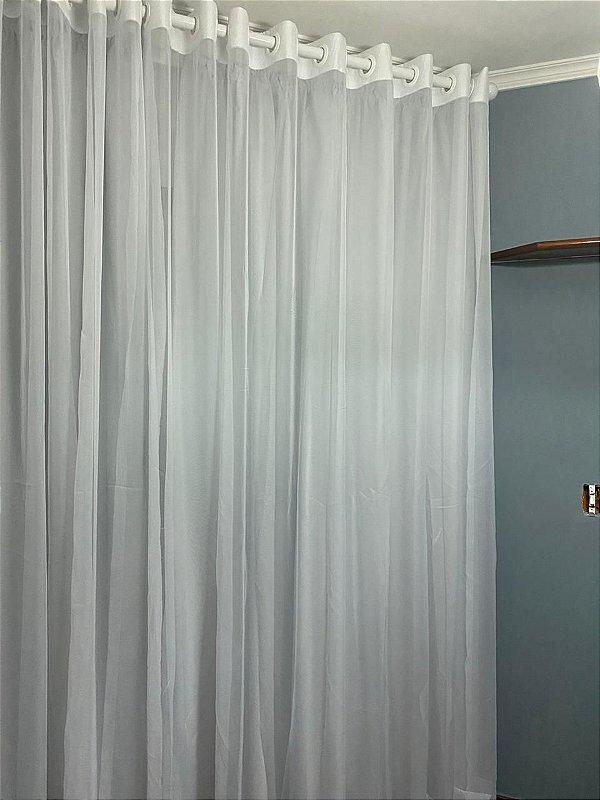 Cortina Branca de voil com forro blackout