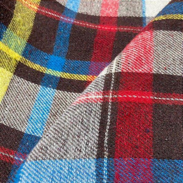 Flanela Xadrez 1,47x1,00m Preto com detalhes azul amarelo e vermelho para Roupas