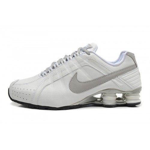 00078edb7de Tênis Nike Shox Júnior branco e cinza