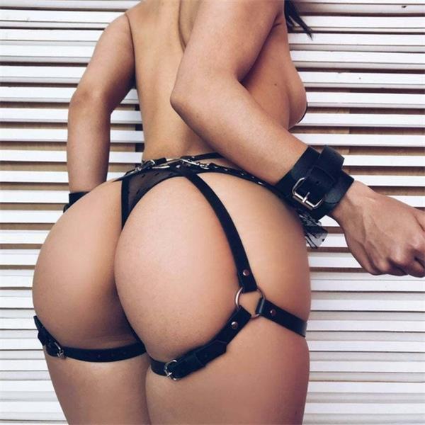 STILLO SEX -  Harness com Bracelete e Detalhes Prata - Cor: Preto | NS184
