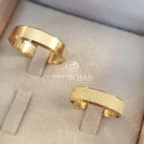 Par de Alianças Itália Diamantada - Ouro 18k