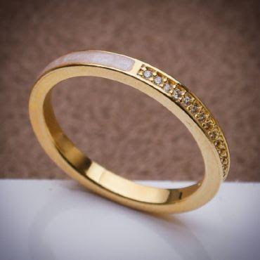Meia Aliança - 3 Camadas de Ouro 18k