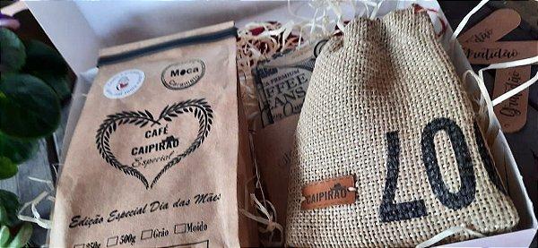 Kit Presente Dia das Mães -  2 Cafés Especiais Moca 250g + Colar de resina c/ grãos de café + Kit Pano de Cera