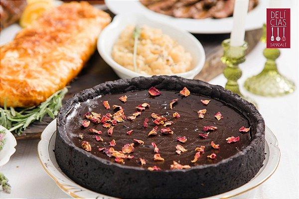 TORTA DE CACAU COM CARAMELO DE FLOR DE SAL