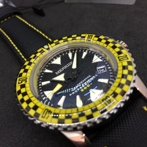 Merkur Sharkmaster Racing Full Lume Amarelo