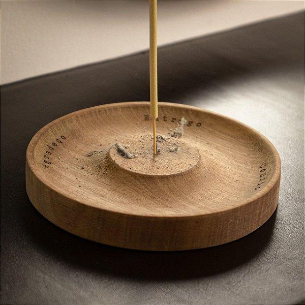 Incensário de madeira Tauá