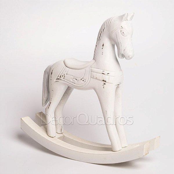 Cavalo de Balanço em Madeira - Branco